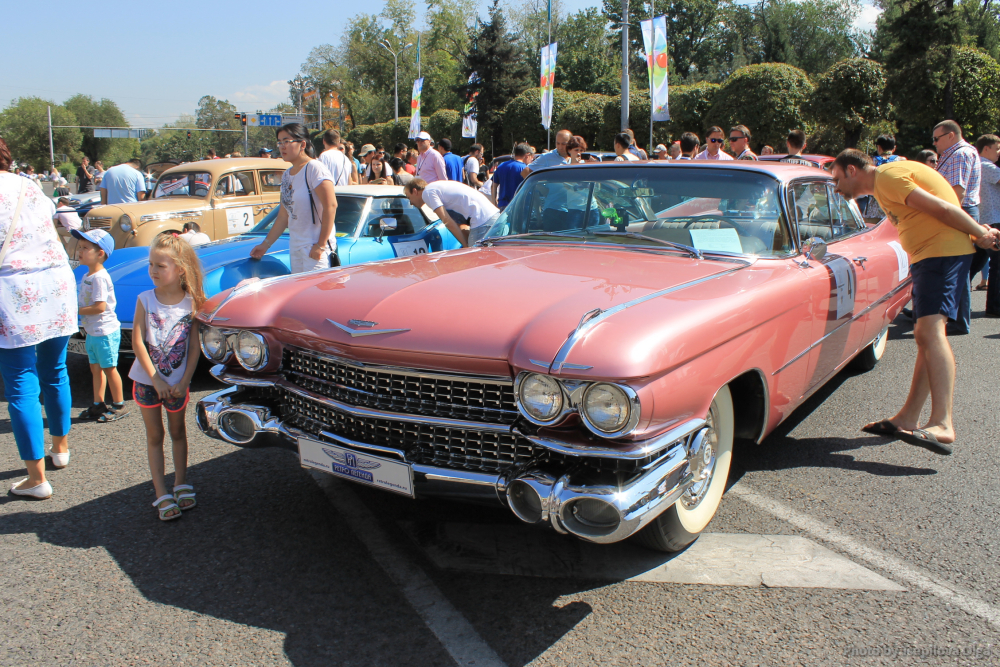 cadillac-coupe-deville-7