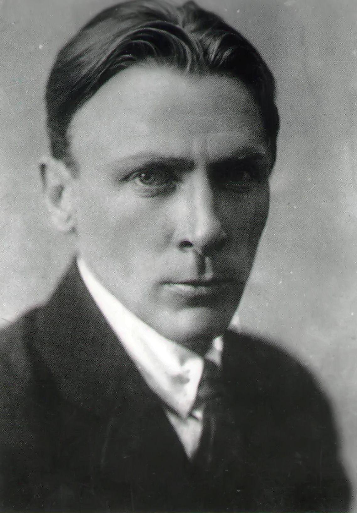 mikhail-bulgakov-mikhail-bulgakov-3-2